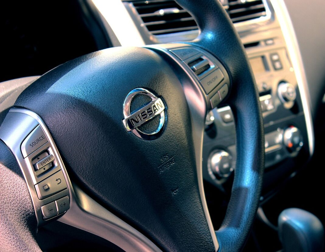 nissan, auto, volant