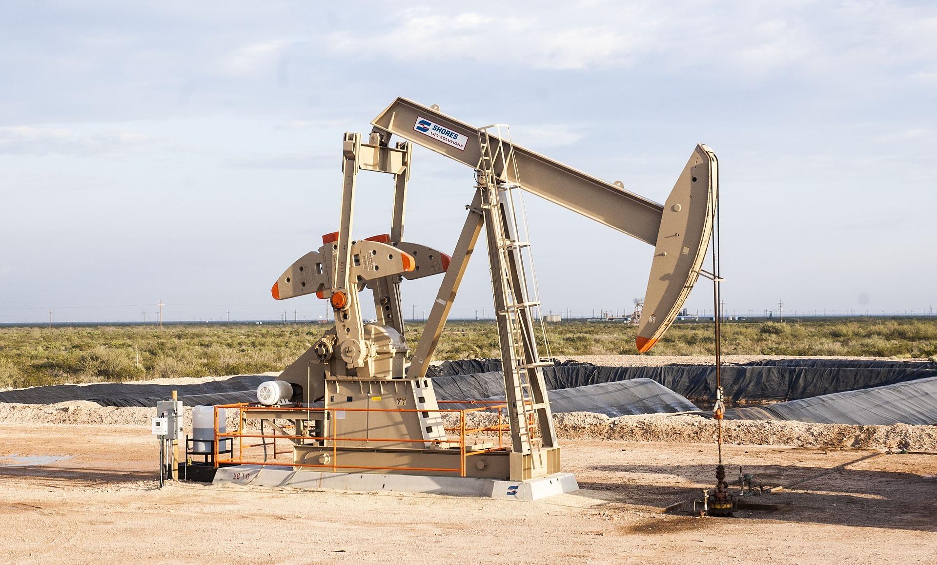 oilfield, ropa, těžba