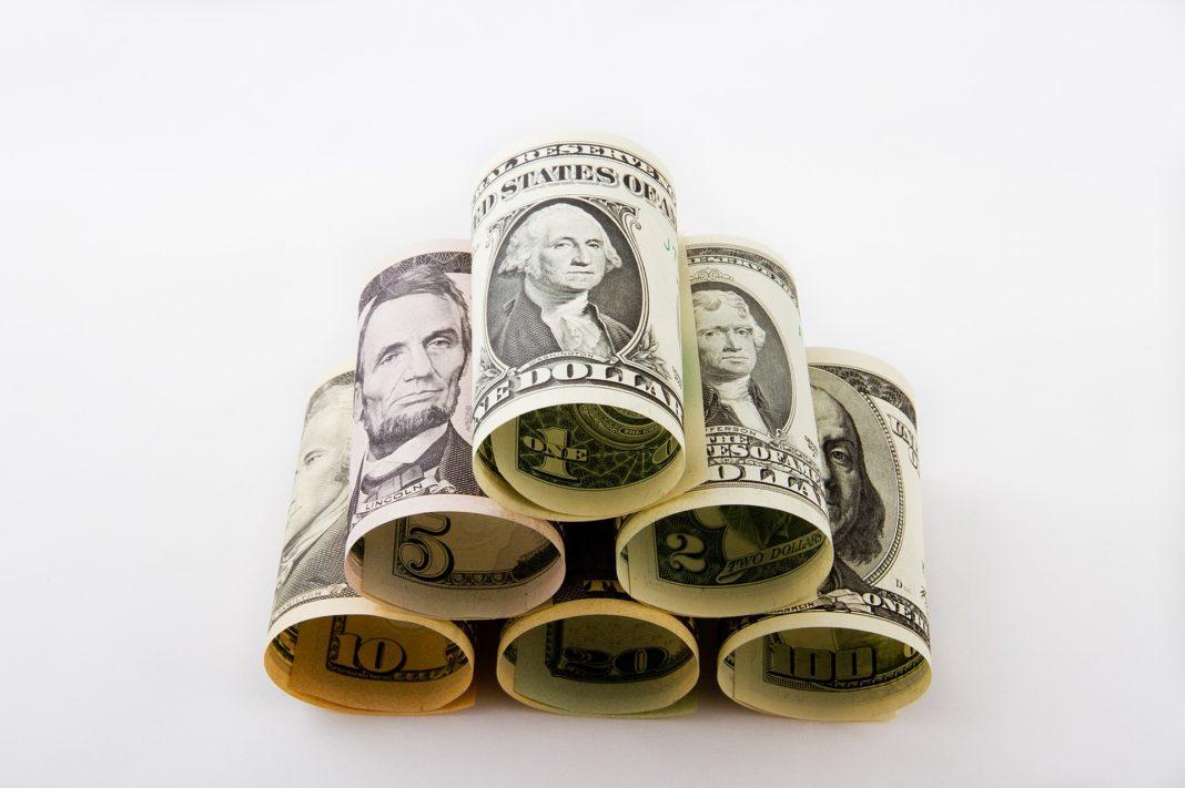 dolar, peníze, USA, stabilita dolaru, FED