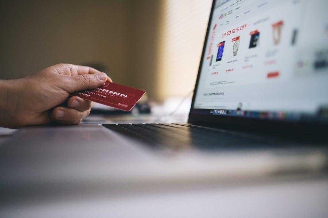 ecommerce, platební karta, online platba