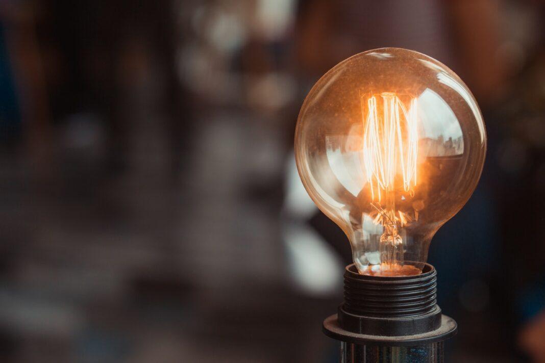 žárovka, elektřina